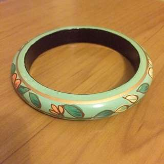 Green Floral Wood Bangle