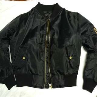 Bomber jacket black size xs (ON HOLD)