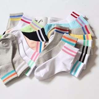【現貨】百搭雙條紋兩條槓足球襪 中筒襪 襪子
