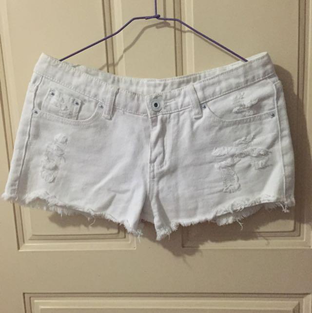 (保留)白色短褲