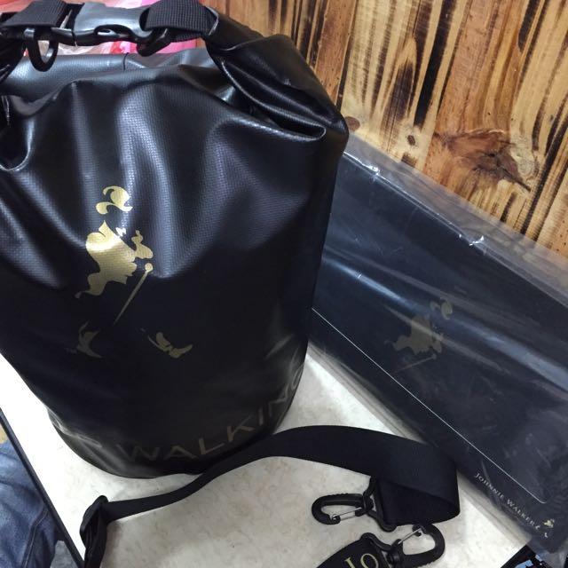 多功能防水背包 收納包