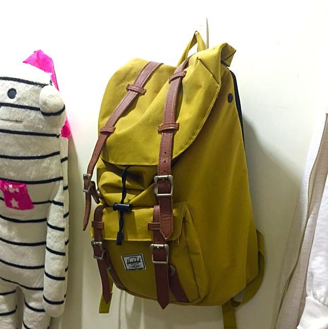 城市旅行輕時尚 加拿大火熱品牌Herschel 經典後背包