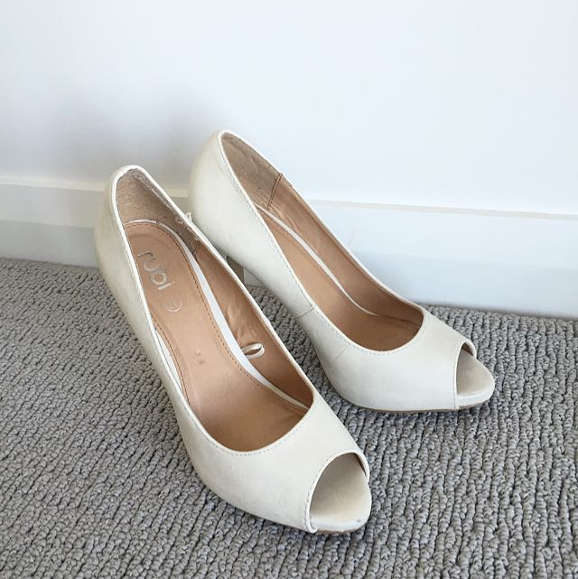 Beige Peep-toe High Heel Shoes