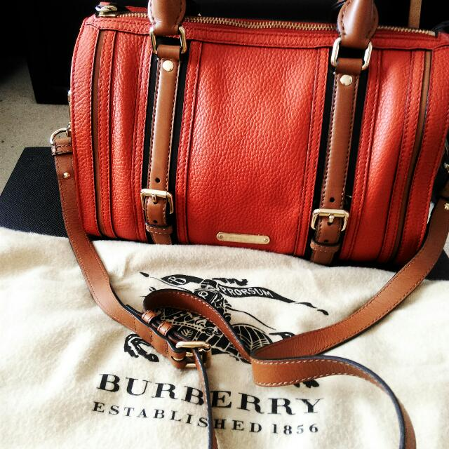 Burberry: Medium Alchester Bowling Bag