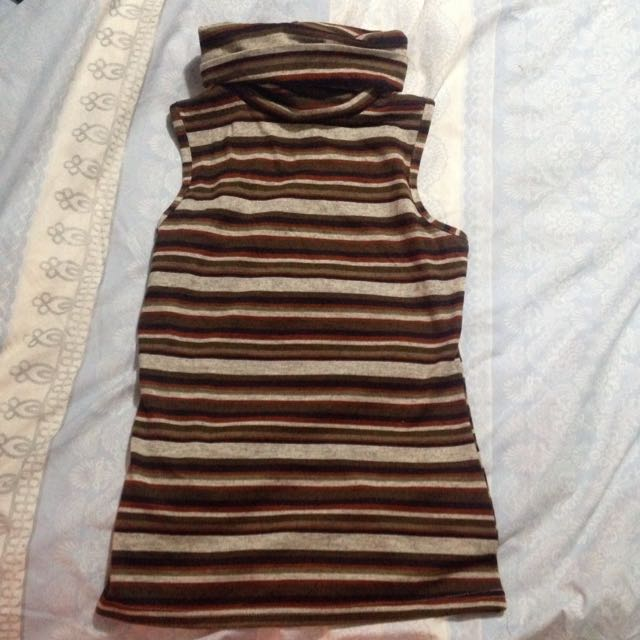 High Kneck Striped Top