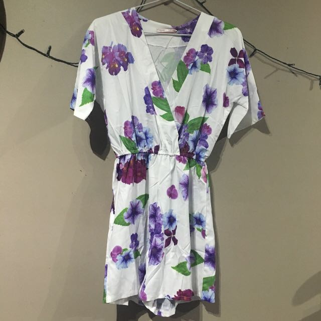 Purple floral lightweight play suit size M