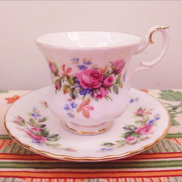 英國製骨瓷ROYAL ALBERT /Moss Rose系列咖啡杯+盤