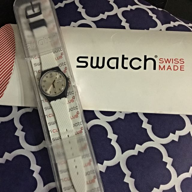 Swatch GN720 Swiss Made