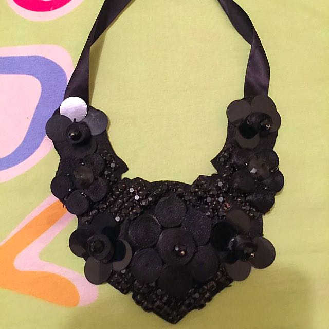 Women Accessories/Necklace