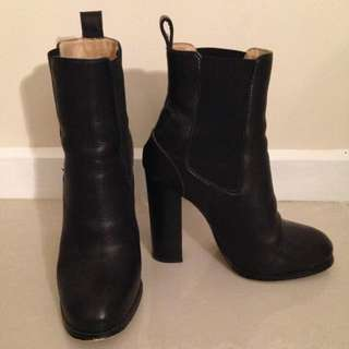 Seed Leather Boots