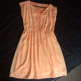 Size M - Peach  Dress