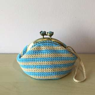 crocheted coin purse with beige and blue stripes (with desired name tag or short message tag)