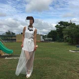 白色連身褲裝+透視紗