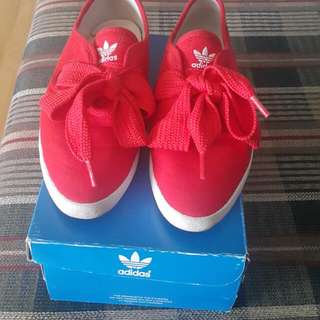 ADIDAS Relace Low W Size 37 1/3