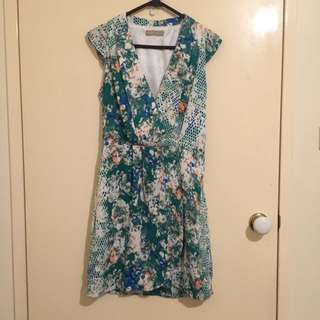 Forcast Size 8 Dress