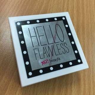 Benefit皇牌粉餅Hello Flawless
