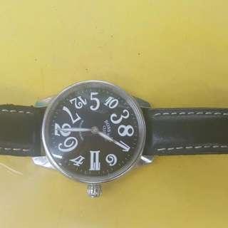 BOSs跳躍式男士手錶可換物