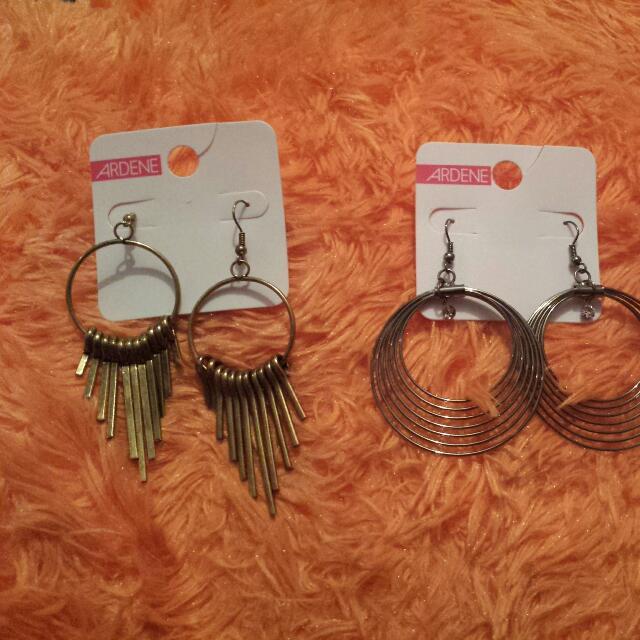 2 Pair Of Ardene Earing