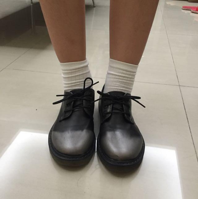 英倫風漸層小皮鞋
