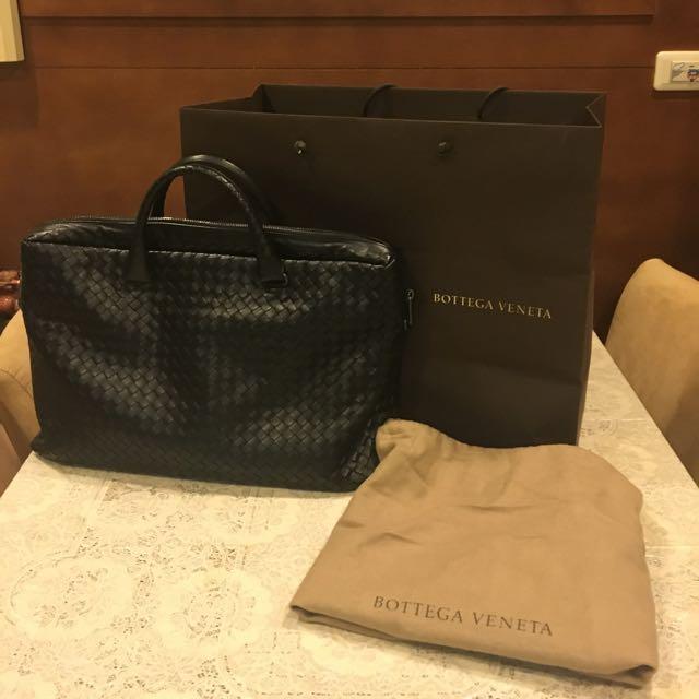 #林采琳在好買好賣名牌網 ✔️品牌:BOTTEGA VENETA BV黑色小羊皮手提肩背公事筆電包