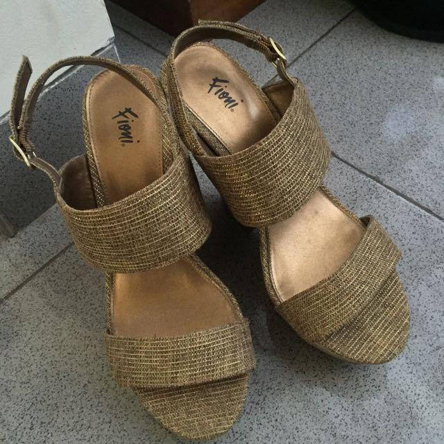 Fiomi (Payless) Heels Wedges