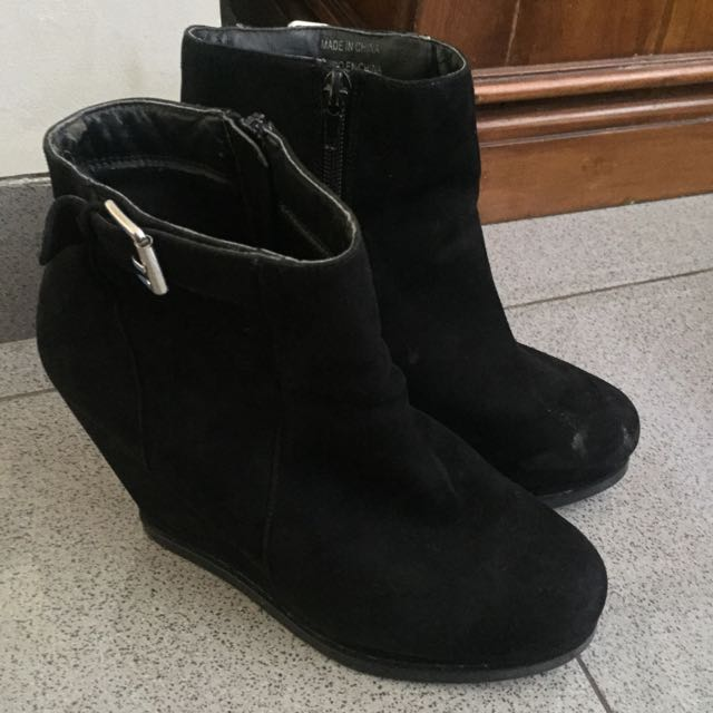 Forever 21 Wedges Boots