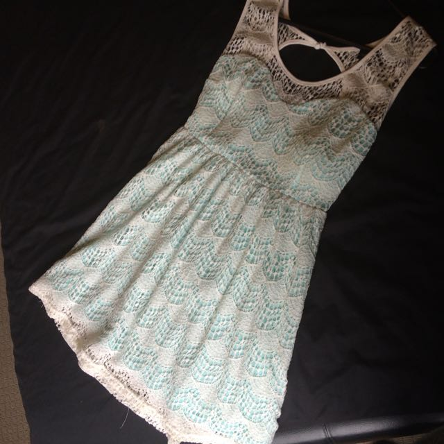 Size 10 - White Over Mint Dress