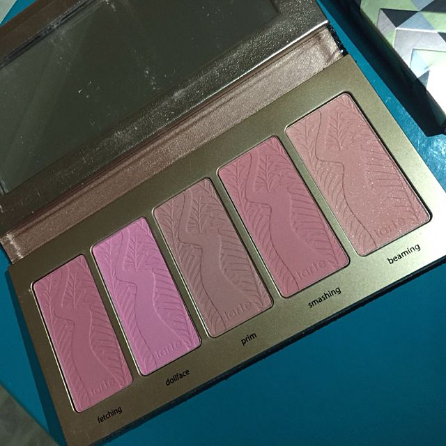 TARTE BLING IT ON BLUSH PALLET LIMITED EDITION