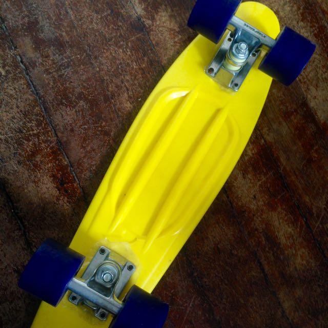 Yellow Cruiser Board