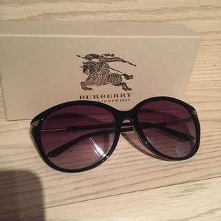 Burberry Subglasses