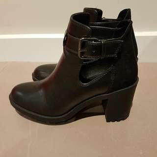 Zara Ankle Boots Size 36