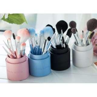 8支化妝刷+刷桶 竹炭纖維化妝刷具