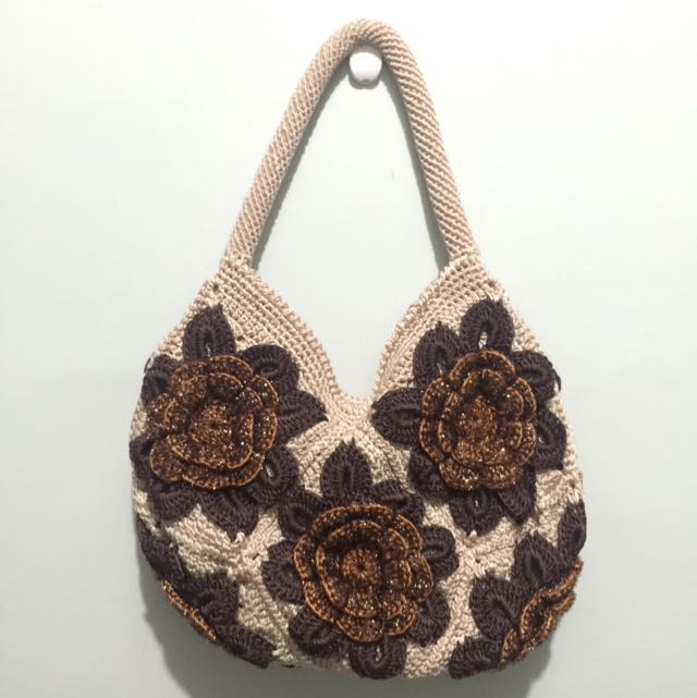 Handed Knitted Hand Bag