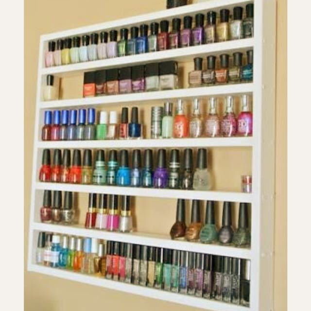 Wanted. Nail Polish Holder