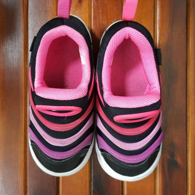 保留~🍭女童nike鞋(16cm)