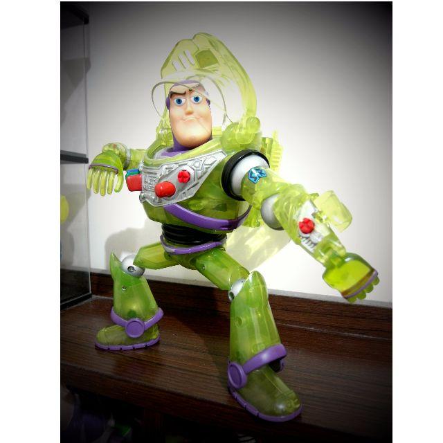 POWER BOOST Buzz Lightyear 9吋巴斯光年 透明盔甲