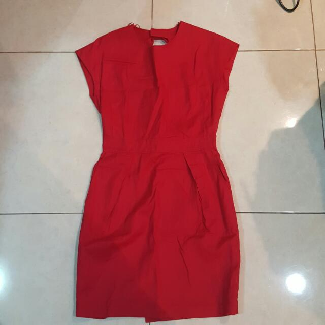 Red backless Ribbon Dress