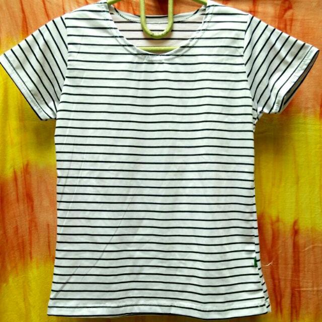 Stripped T-Shirt // Kaos Garis