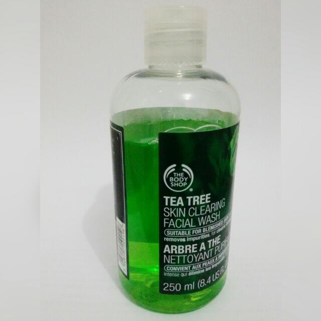 Tea Tree Skin Clearing Facial Wash The Body Shop 250 ml