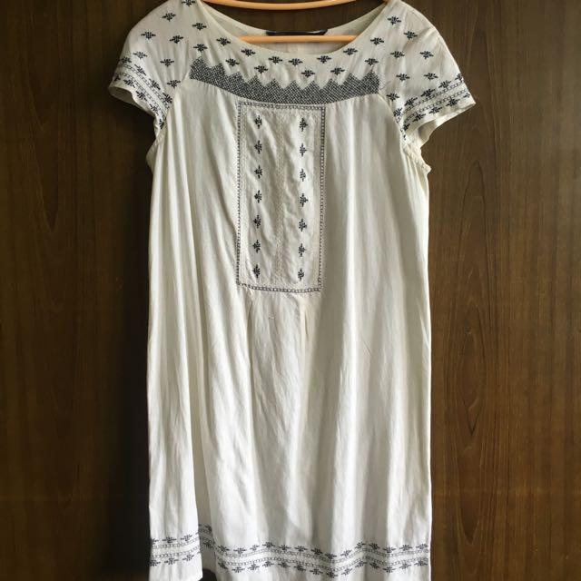 Zara Embroidered White Dress