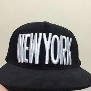 NEW YORK 字樣黑色帽
