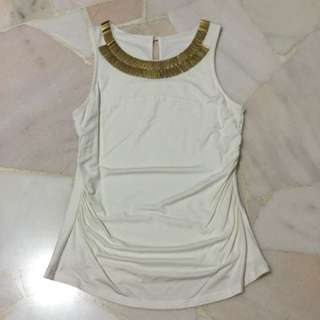White Top With Design On Collar