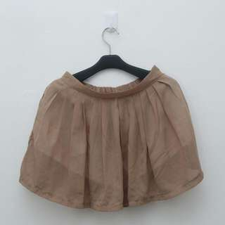 Soft Brown Short