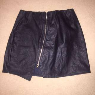 NEW Size S Black Zip Up Skirt