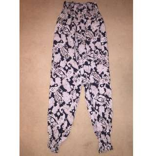 Small Size High Waisted Printed Pants