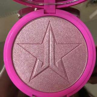 Jeffree Star Peach Goddess Skin Frost.