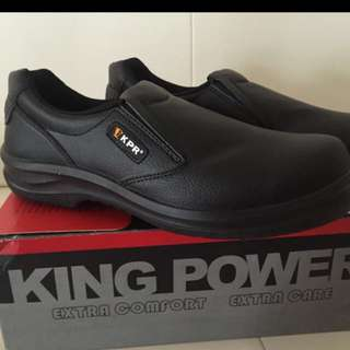 Safety Shoes (Size 42)