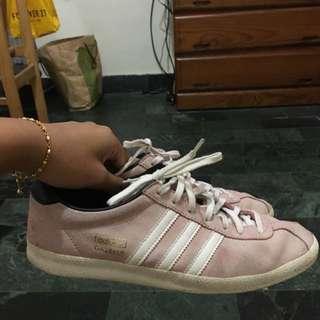 Adidas GAZELLE粉色 正牌