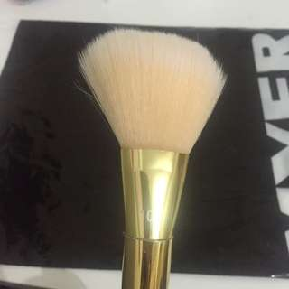 Real Techniques Bold Metals Brush 100