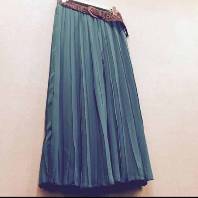 湖水綠長裙